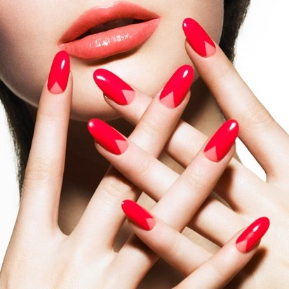 Which Editors Wearing What Nail Polish This Week picture